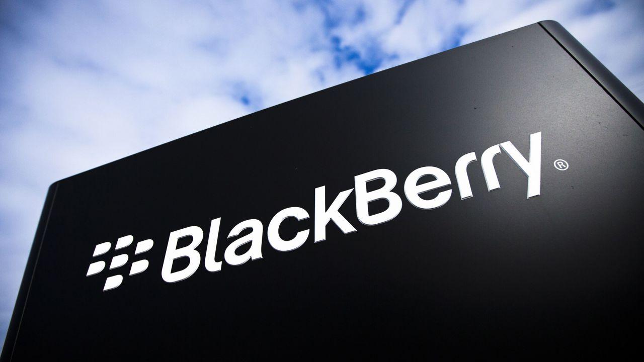 BlackBerry torna sul mercato con telefoni fatti da TCL